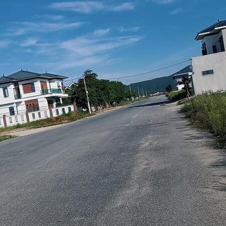 bán đất nền bám đường 60m- Ảnh 3