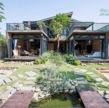 Cho Thuê Villa Sân Vườn Rộng Rãi Sát Biển Sơn Trà, 4 Phòng Ngủ, 600M2 Giá Tốt Mùa Dịch- Ảnh 1