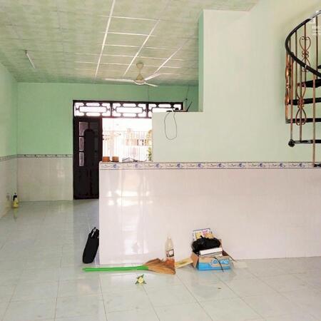 Nhà lầu cũ 5.2x8 mặt tiền đường Hàng Gòn Cái Răng- Ảnh 4