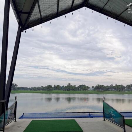 Góc nhìn sân tập Golf