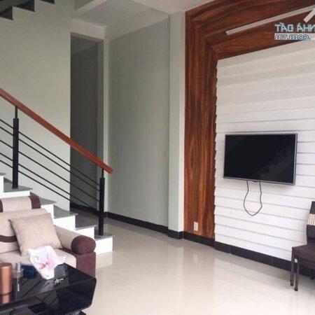Cho Thuê Gấp Nhà Có 4 Phòng Ngủ Kiệt 5M Hồ Xuân Hương, Gần Biển- Ảnh 1