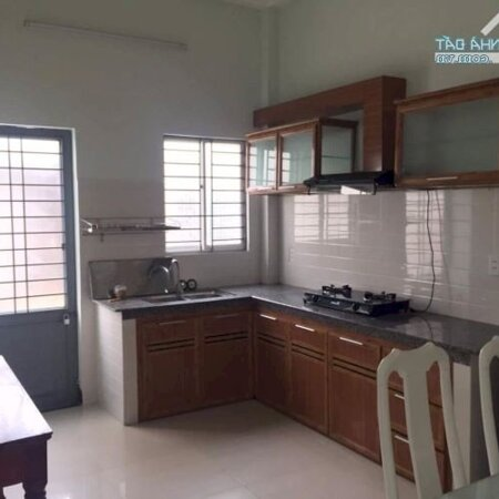 Cho Thuê Gấp Nhà Có 4 Phòng Ngủ Kiệt 5M Hồ Xuân Hương, Gần Biển- Ảnh 2