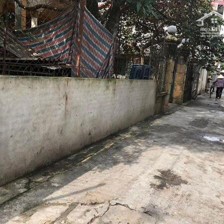 Bán đất tại Ngô Xuân Quảng, TT Trâu Qùy, Gia Lâm chỉ nhỉnh 2 tỷ có lô góc oto tận cửa- Ảnh 1