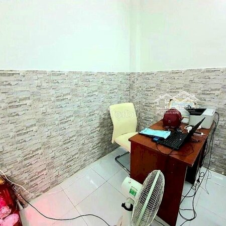 Nhà 1 Trệt 1 Lầu, 2 Phòng Ngủ 2 Vệ Sinhđường Huỳnh Tấn Phát, Q7- Ảnh 2