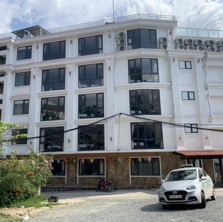 Bán cắt lỗ cơ hội  khách sạn 3 mặt tiền- view cực đẹp ngay tại trung tâm sapa- Ảnh 3
