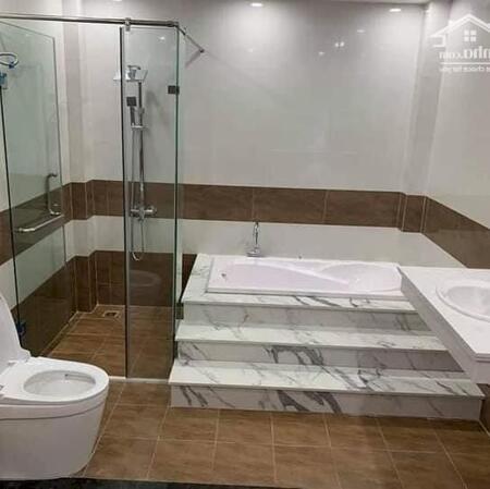 Chính chủ bán nhà kinh doanh sinh lời Thái Hà 90m2, MT 5m, thang máy, ô tô đỗ cửa chỉ 12.5 tỷ- Ảnh 2